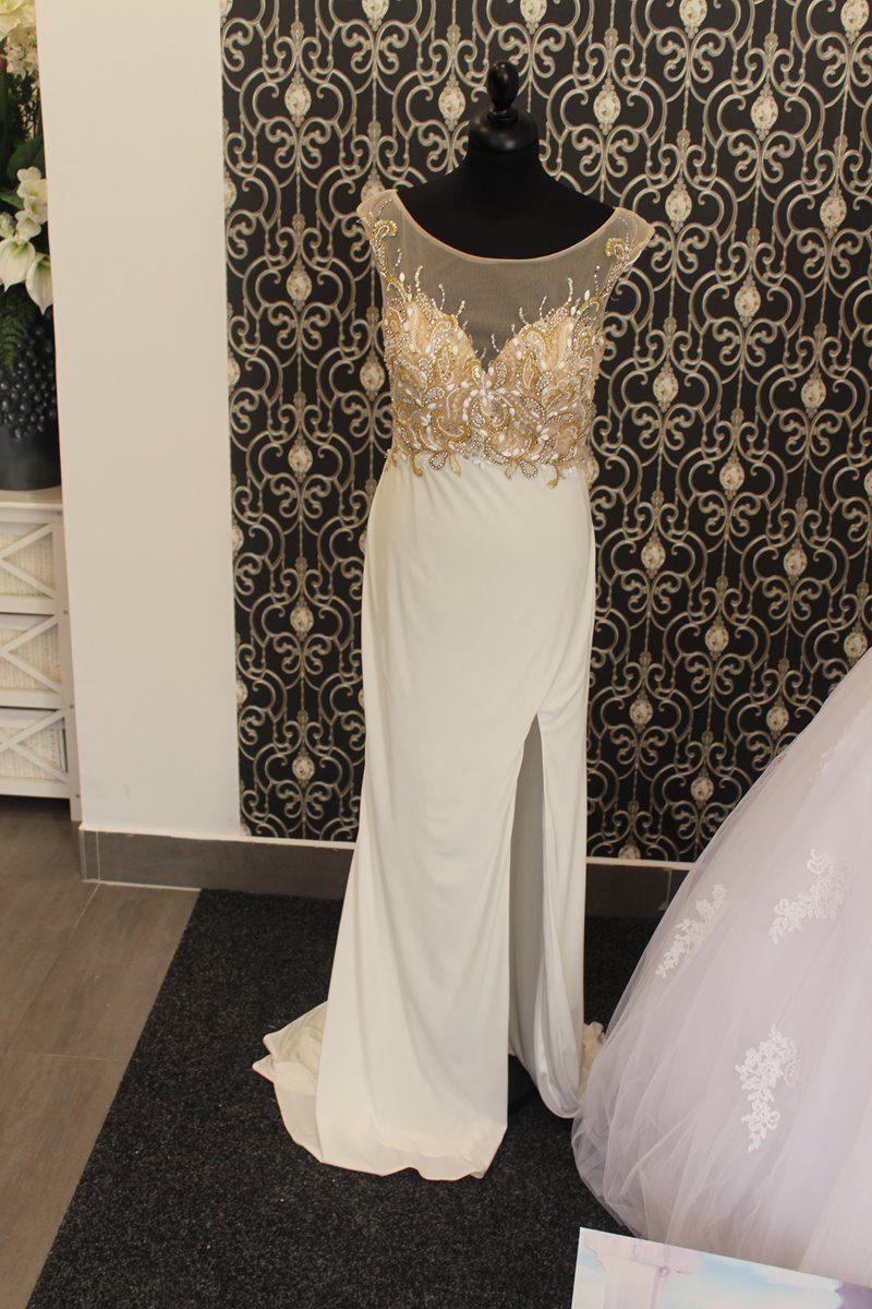dd2bc3907ac2 Spoločenské šaty Paparazzi – Svadobný salon White Rose Trnava