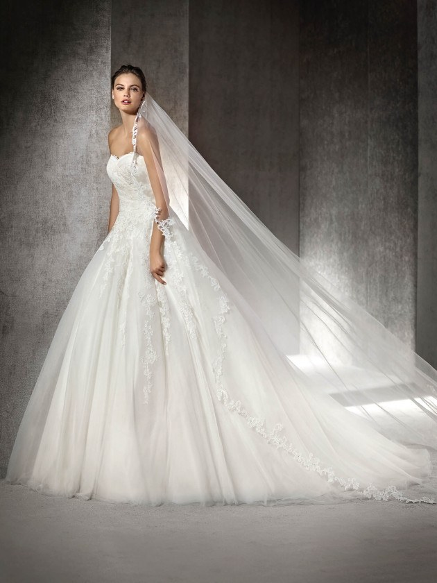 54569782db6c Svadobné šaty – Svadobný salon White Rose Trnava